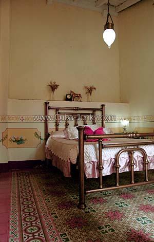 Casa Colonial 1830 Yirina Y Chichi Trinidad Cuba Juny